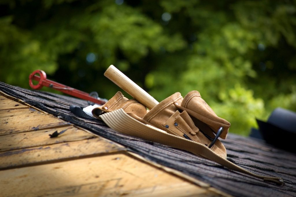 6 roofing problems prevented with regular roof maintenance