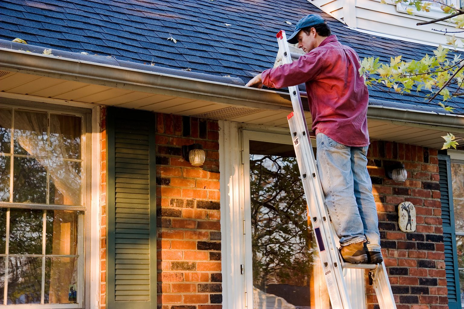 4 reasons why you shouldn't ignore your roof maintenance