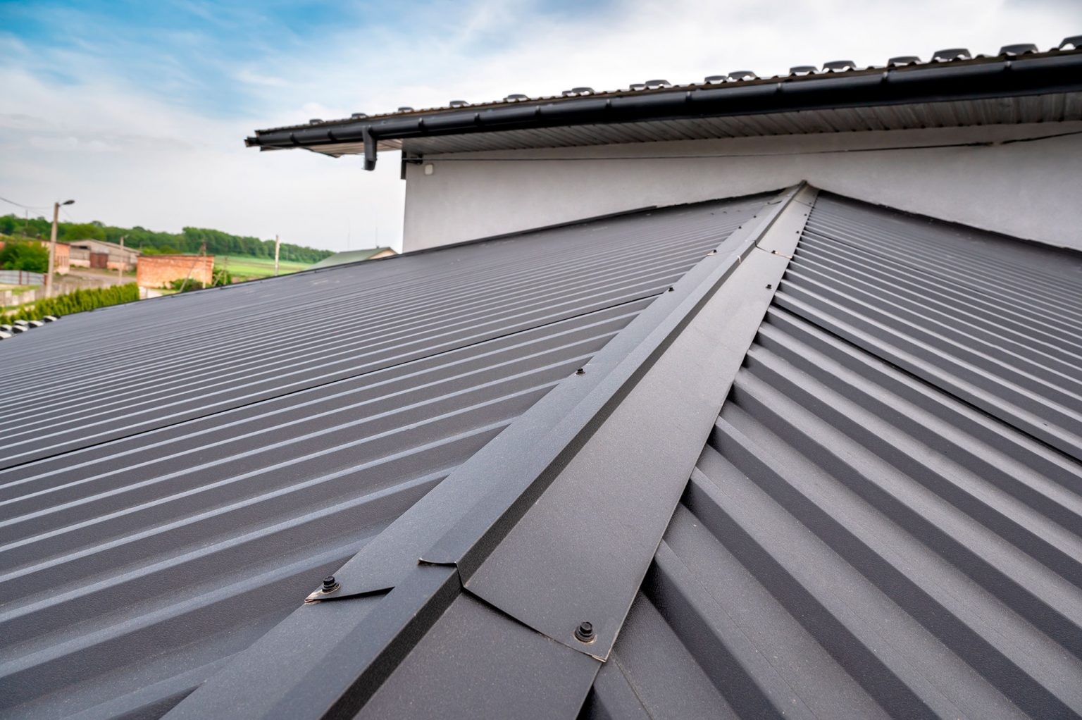 6 facts and myths about metal roofs